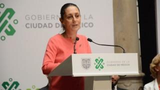 Devela Gobierno capitalino placa de la Red Latinoamericana de Ciudades Arcoíris